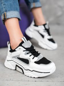 Módne sneakersy so sieťkou