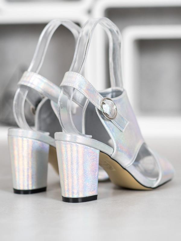 Sandálky z efektom holo