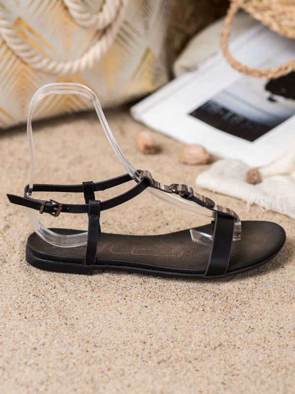 Sandálky s ozdobným pásom