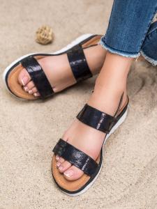 Pohodlné sandálky s holo efektom