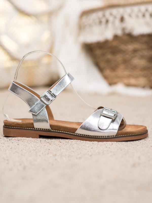 Strieborné sandálky s prackou
