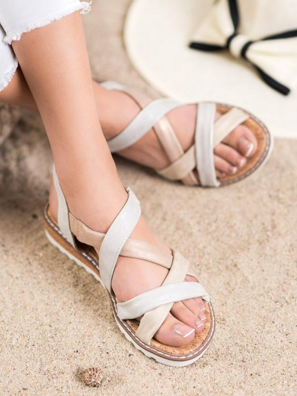 Sandálky na suchý zips