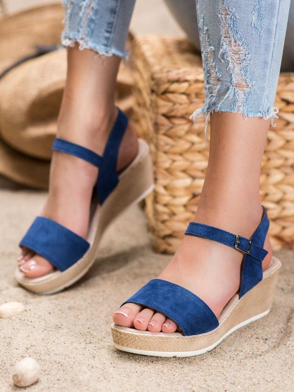 Neformálne sandálky z eko kože