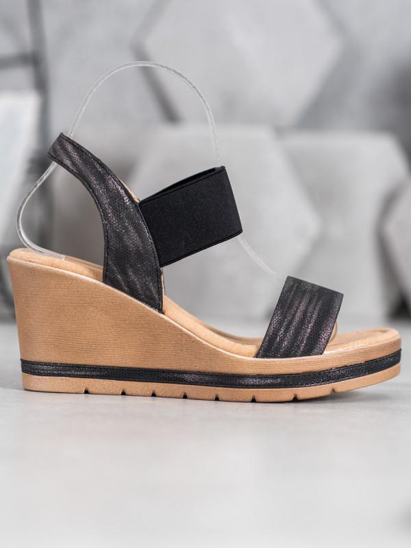Štýlové sandálky na kline