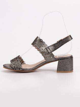 Elegantné sandále s viazaním 8127-11BL