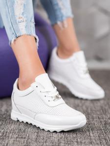 Sneakersy z kože