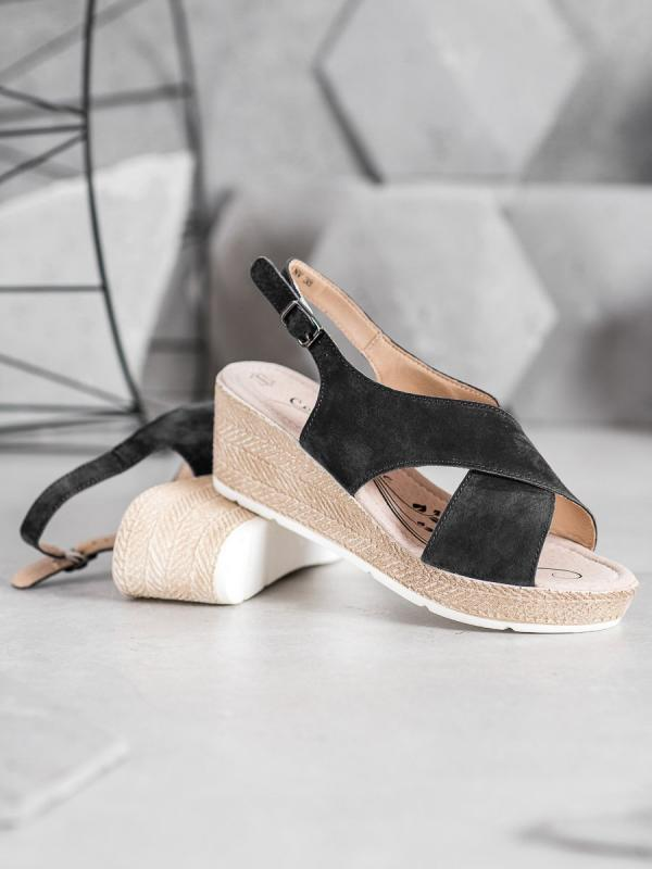 Ľahké sandálky z kože