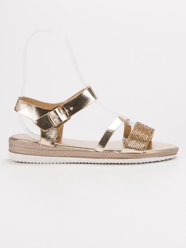 Módne sandále s kamienkami