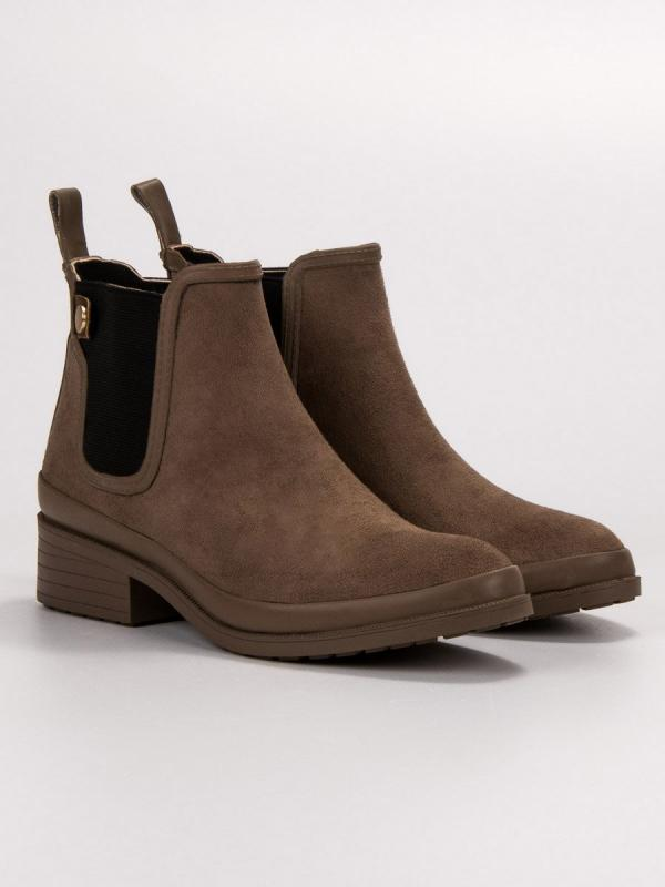Topánky pérka