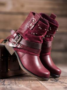 Topánky s cvokmi