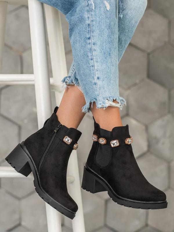 Semišové topánky s kryštálmi
