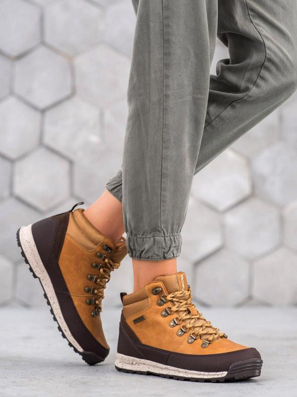Topánky na šnurovanie s kožúškom