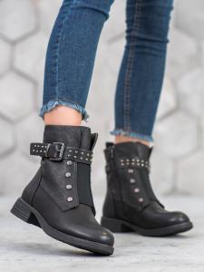 Členkové čierne topánky