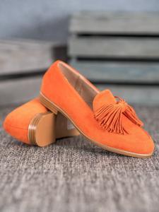 Semišová obuv so strapcami